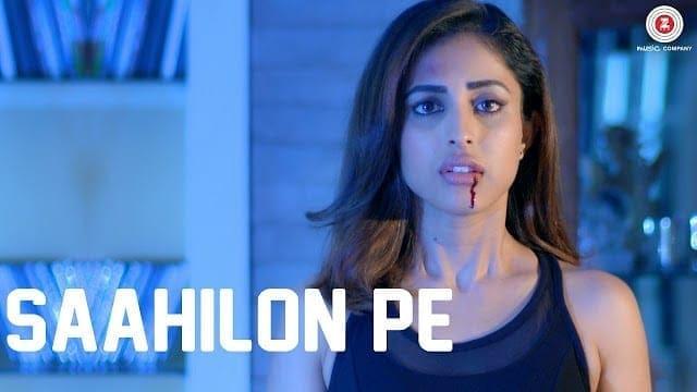 Saahilon Pe Lyrics | Rain | Priya Banerjee & Sid Makkar | Sumedha Karmahe | Harish Sagane | VBOnTheWeb